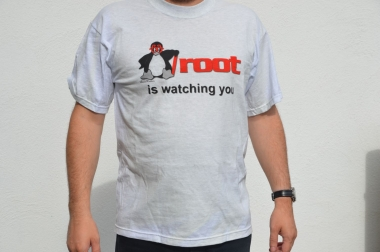 "T-Shirt ""root is watching you"""